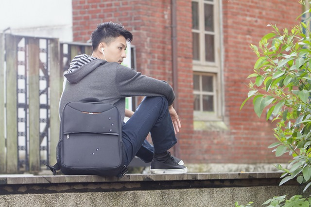 "16"" Brief Back Pack"